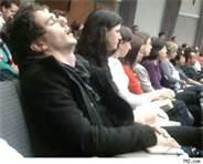 Somnul din biserica