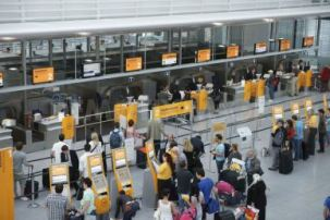 airport-check-in-lufthansa-munich