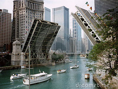 michigan-avenue-bridge-566658