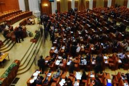parlament-agupx8b679